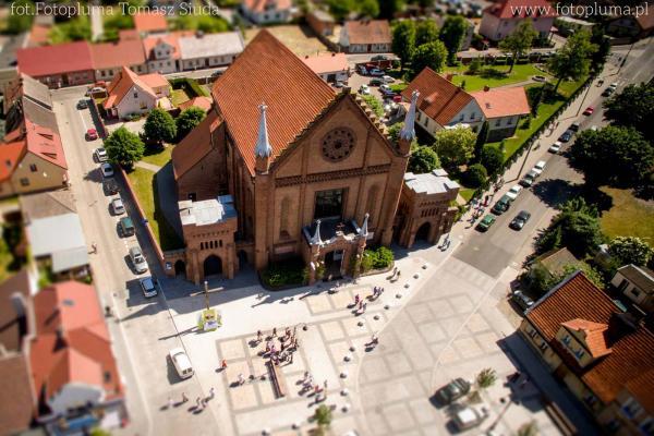 Kościół pw. Wszystkich Świętych w Kórniku - fot. Tomasz Siuda - zdrona.com